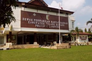 Masyarakat Kecewa, DPRD Tulangbawang Mangkir Sidang Paripurna