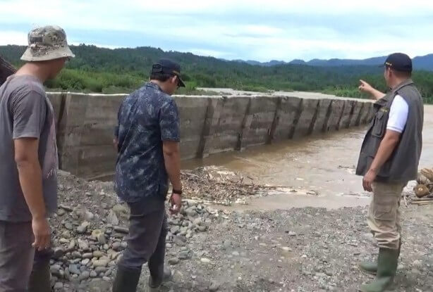 Retaining Wall Way Semaka Dibangun Jebol Jebol Diterjang Banjir