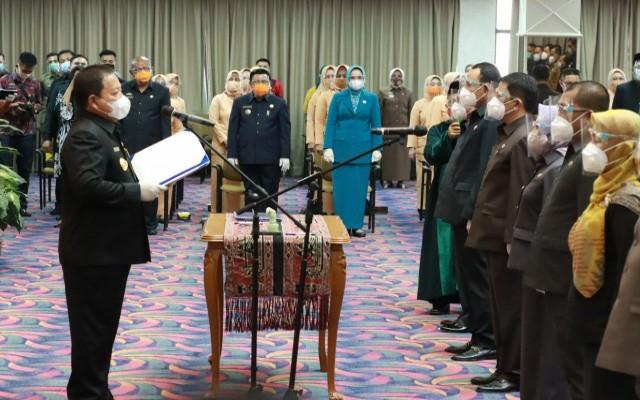 Gubernur Lampung Arinal Djunaidi Lantik 14 Pejabat Pimpinan Tinggi Pratama