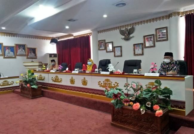 Bupati Tanggamus Lantik 8 Pejabat Eselon II, III dan IV