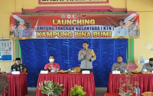 Kapolres Tulang Bawang Resmikan Tiga Kampung Tangguh Nasional