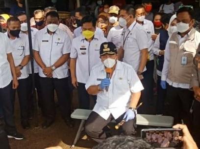 Gubernur Arinal Djunaidi  Bersama Walikota Bandar Lampung Lakukan  Sidak Ke Pasar Pasir Gintung